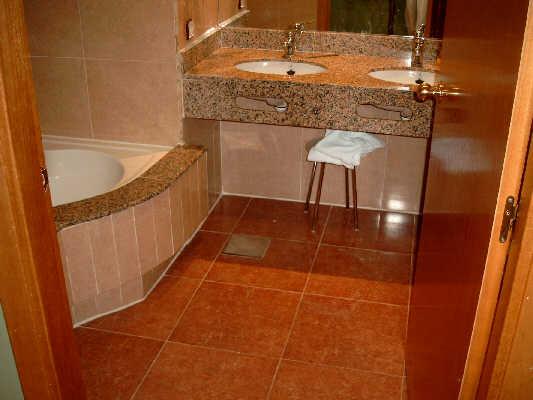 Haltegriff Dusche Behindertengerecht : ... dusche schwelle vor der ...